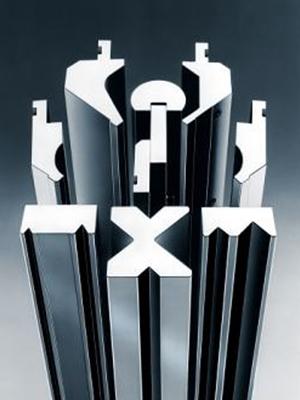 metal kantpers kantpersgereedschappen metaalbewerking nibbelautomaat rolvormmachine afkortmachine waterjet snijmachine profielwals plaatwals ductzipper
